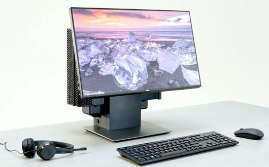 desktop gaming computer sitting on a desk